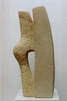>Begegnung<, Elbsandstein, 2008, H 50 cm