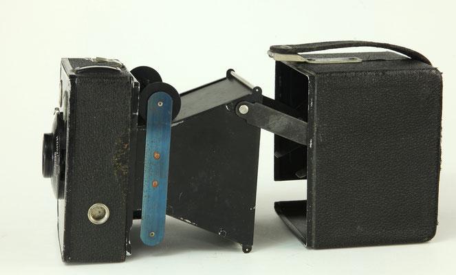 KODAK Brownie  620  1933-36  Dr. Nagel-Werk  ©  engel-art.ch