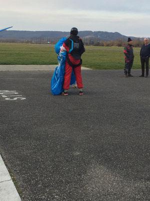 parachutist on French aerodrome