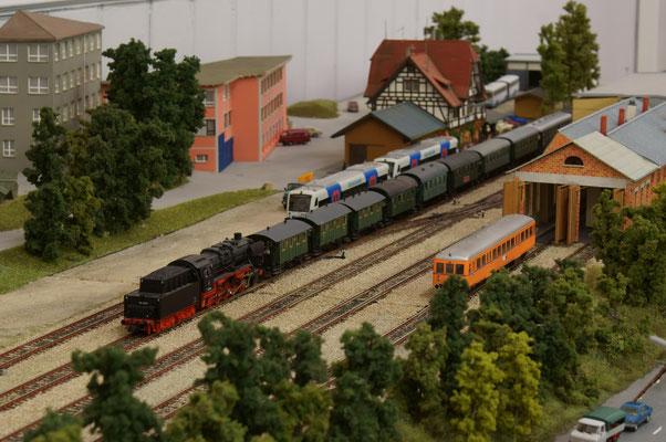 Ein recht langer GES-Zug mit 50 2740