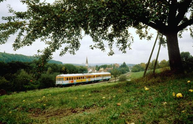VT 403 mit Steuerwagen VS 230 ...