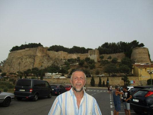 Vor der Festung In Denia