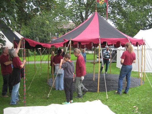 Bereits am Donnerstag begann der Aufbau unseres gemeinsamen Lager