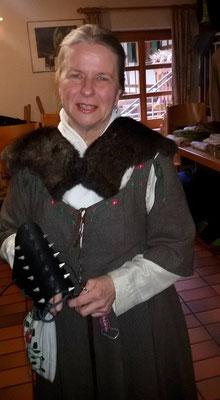 Edith gefiel diese Larparmstulpen von Uwe, aus seinem früheren Leben