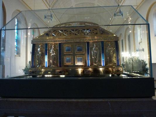 In der Wallfahrtskirche in Eibingen konnten wir den Schrein der Hildegardis bewundern.