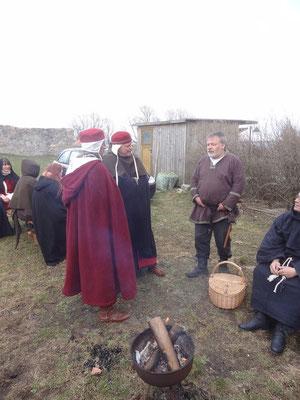 plauderten über das Mittelalter und waren uns einig in Kontakt zu bleiben.