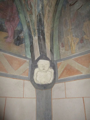 Vom Pallas aus gelangt man direkt in die Kapelle