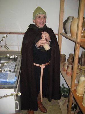 Thomas fand Freude an diesem Achener- Rufhorn, welches die Pilger zur Ruhe rief, als die Reliquien gezeigt wurden