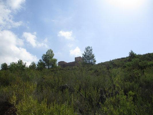 Aber nun zur Burg Forna ,bei Azubia gelegen.