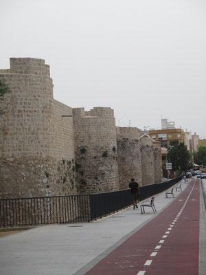 Im Laufe der nachfolgenden Jahrhunderte haben alle Zivilisationen, die hier im Lauf der Zeit Station machten, an der der Festung ihre Spuren hinterlassen. Immer wieder wurden bauliche Veränderungen und Erweiterungen vorgenommen.