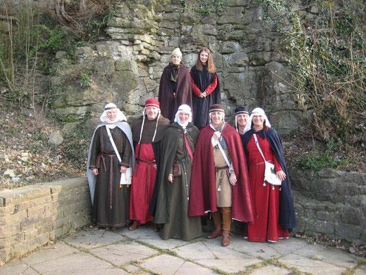 Am Aufgang zum Bergfried versammelten wir uns noch einmal zu einemm Gruppenbild