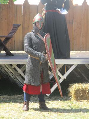 Patrick in militärischer Darstellung des 12Jhr.