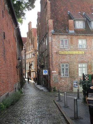Lübeck hat aber viel mehr noch zu bieten, wie diese schöne Gasse die ja auch schon ein paar Jährchen auf dem Buckel hat
