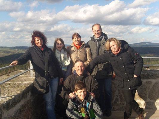Gruppenbild auf dem Bergfried