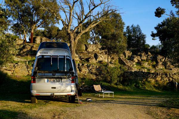 Liebevoll angelegter Natur- Campingplatz in der Serra de Sào Marmede / Portugal