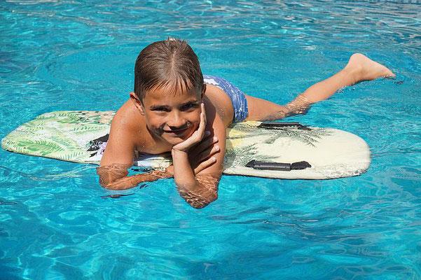 Pool-CAS-BON-BINI-Urlaub-Curacao-Ferienhaus-Karibik-Villapark-Fontein-2