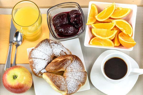 Frühstück-urlaub-curacao-ferienhaus-karibik