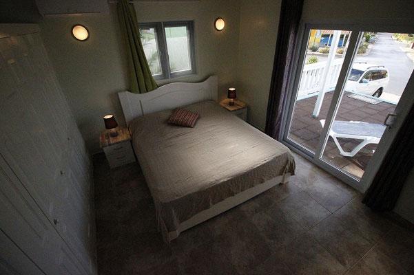 Schlafzimmer-3-Urlaub-Curacao-Ferienhaus-Karibik-Villapark-Fontein
