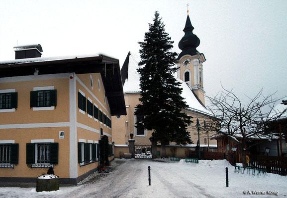 Arnsdorf: Schule mit Kirche