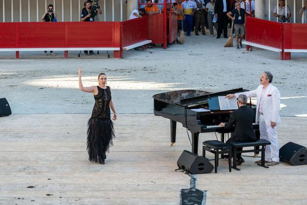 inauguration-spectacle-chanteur-Gilles Auteroche-photographe-Montpellier-Narbonne-Béziers-Carcassonne-Perpignan-Toulouse
