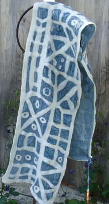 leichter Sommerschal aus Seide & Wolle (verkauft)