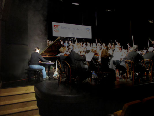 Novy Jicin Theater, Czech Republic 2014 (General rehearsal of Beethoven - Fantasie op. 80 for piano, orchestra and choir)   © Foto: privat