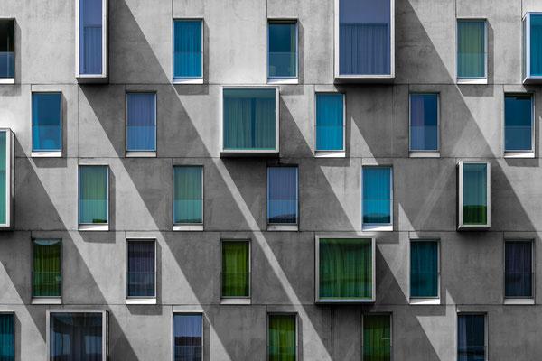 Fassade des Art'otel Hotel in Köln von Tobias Gawrisch (Xplor Creativity)