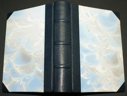 Halblederband mit falschen Bünden und Marmorpapier