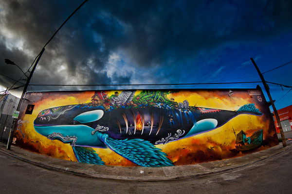 """FREE LOLITA"" by the Clandestinos (Shalak and Smoky), 18ft x 90ft, produced by Big Walls Big Dreams / UpArtStudio on 23rd St. Wynwood, Miami, Dec 2015."