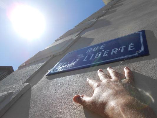 Liberté de main