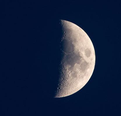 Mond am 06.04.2014 (zunehmend)