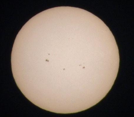 Sonne 14.12.2013 mit Sonnenflecken :)