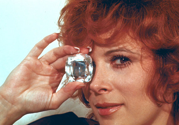 Jill St. John © Danjaq LLC / Metro-Goldwyn-Mayer / 20th Century Fox Home
