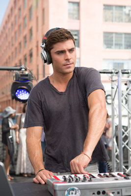 We are your Friends Kritik -  Zac Efron - Studiocanal - kulturmaterial