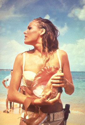 Ursula Andress © Danjaq LLC / Metro-Goldwyn-Mayer / 20th Century Fox Home Entertainment