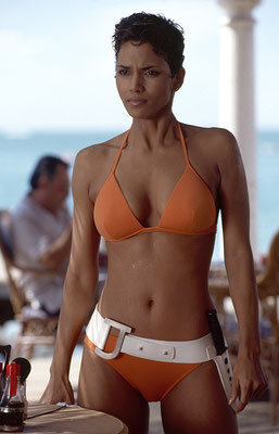 Halle Berry © Danjaq LLC / Metro-Goldwyn-Mayer / 20th Century Fox Home