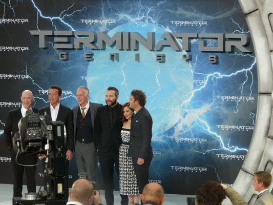 Terminator Genisys - J K Simmons - Arnold Schwarzenegger - Alan Taylor - Jai Courtney - Emilia Clarke - Jason Clarke - kulturmaterial