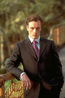 Toby Stephens © Danjaq LLC / Metro-Goldwyn-Mayer / 20th Century Fox Home