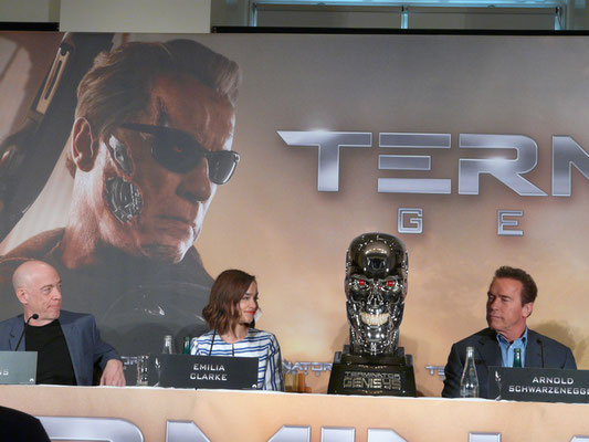 Terminator Genisys - Arnold Schwarzenegger - Emilia Clarke - J K Simmons - Premiere Berlin - kulturmaterial