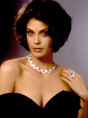 Teri Hatcher © Danjaq LLC / Metro-Goldwyn-Mayer / 20th Century Fox Home