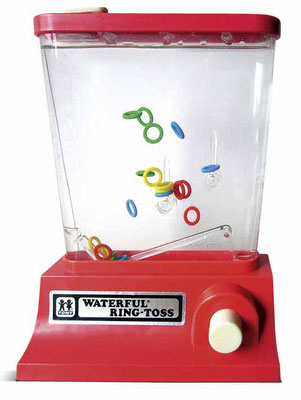 Vintage Toys - Seideldesign Foto Copyright - earbooks - kulturmaterial - Waterful Ring Toss 1976