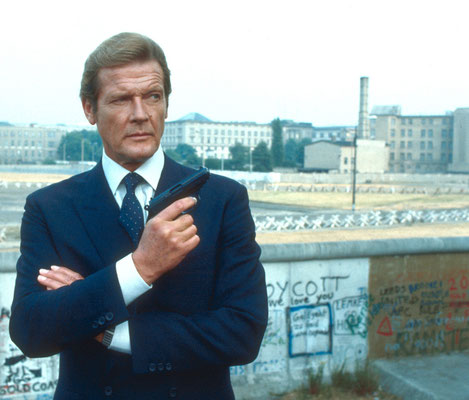 Roger Moore in West-Berlin © Danjaq LLC / Metro-Goldwyn-Mayer / 20th Century Fox Home