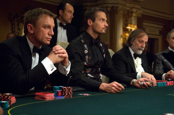 Daniel Craig mit Pokerface © Danjaq LLC / Metro-Goldwyn-Mayer / 20th Century Fox Home