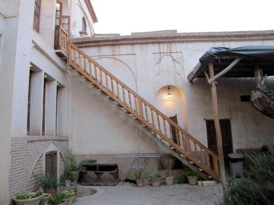 Treppe zu unserem Zimmer