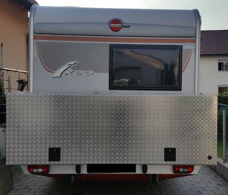 Box 2200 x 800 x750