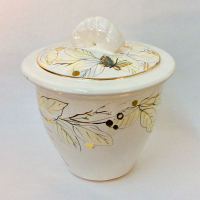 Large jar. Grey, pearl and gold decoration.