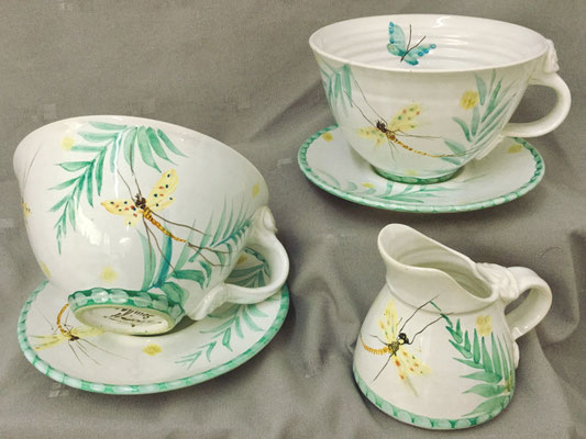 Breakfast cups and cream jug in mayfly pattern.