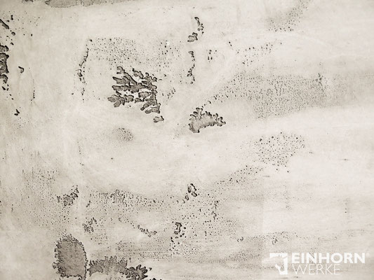 EINHORN WERKE - TORINO BETON No. 0802  + shabby finish in schwarz, EINHORN WERKE, Hersteller Exklusiver Wandbeschichtungen