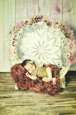 #baby #köln #kleve #kleinermann #mädchen #newborn #babyglücklich #familie #endlichzudritt #glücklich #babyglück #newbornshooting