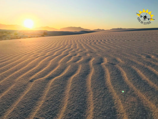 Die Sonne geht unter im National Monument White Sands.